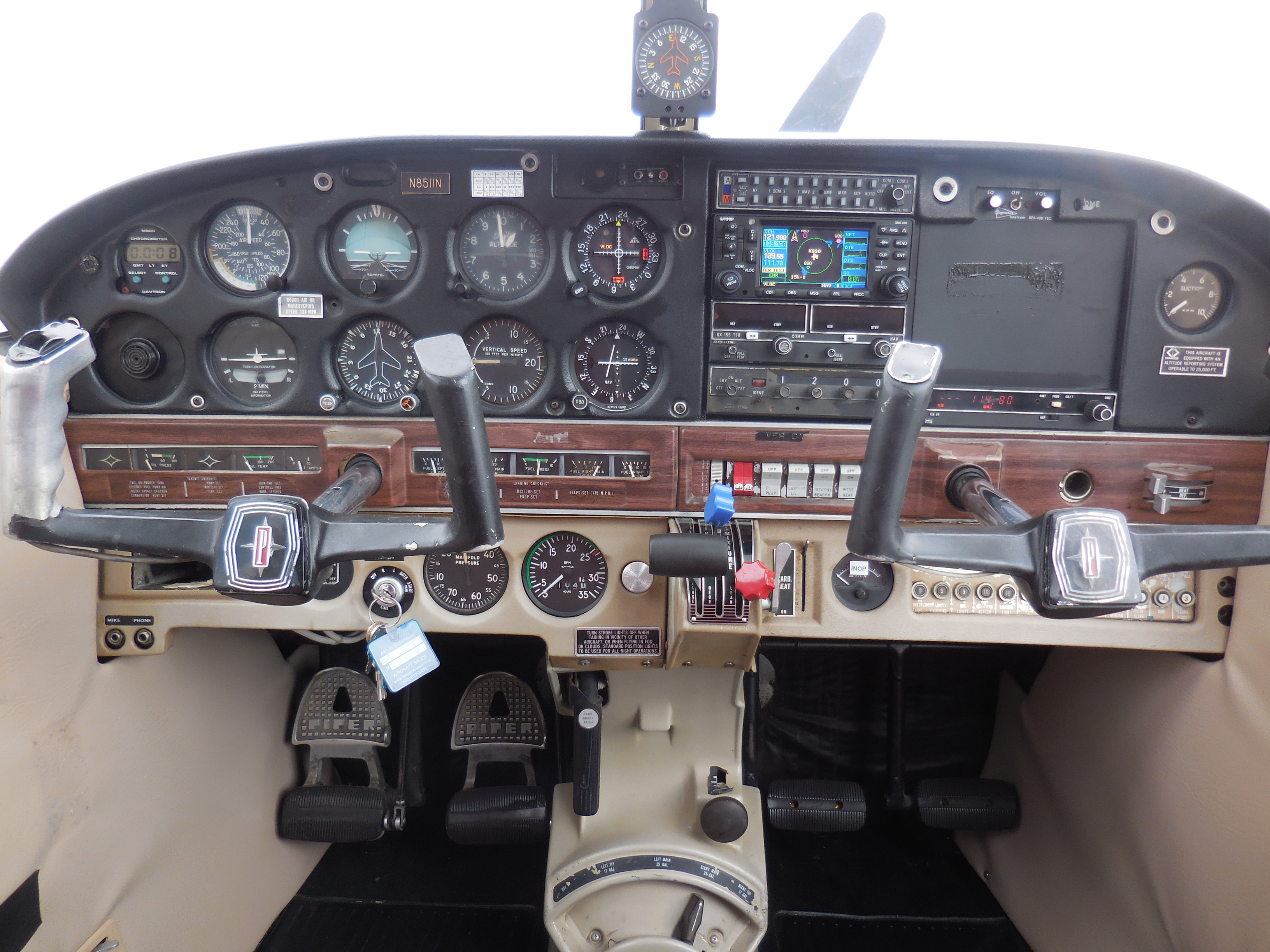 Piper Cherokee PA-28-235 - NexGA